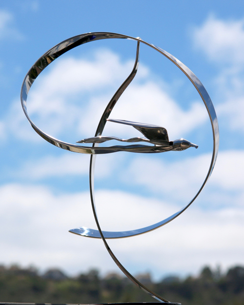 "Kinetic bird sculpture by Amos Robinson ""Zephyr"" contemporary art stainless steel"