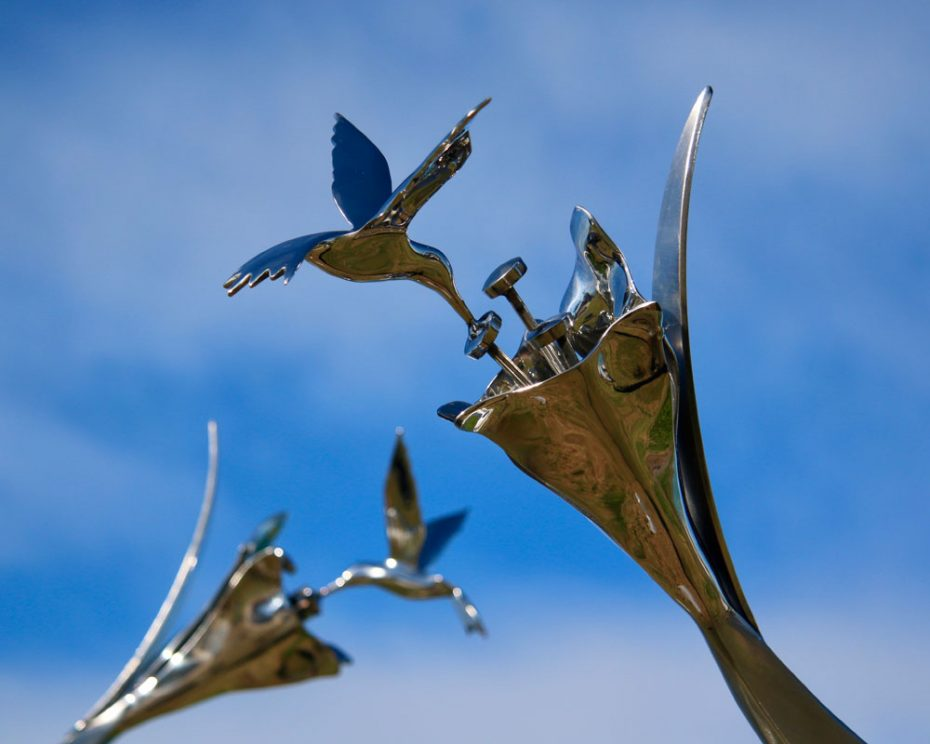 Kinetic sculpture by Amos Robinson Jewels Hummingbirds stainless steel contemporary art