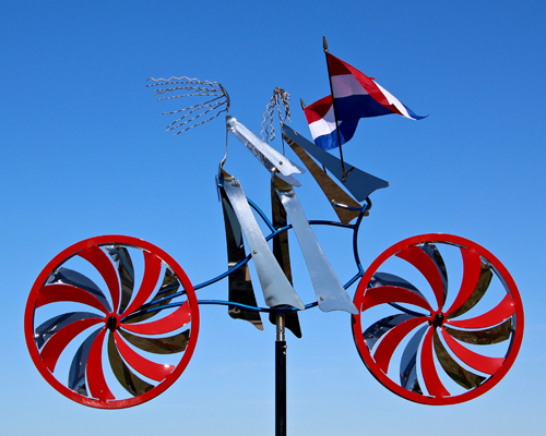 Sweethearts-Dutch-Kinetic-Bicycle-Sculpture-by-Amos-Robinson-IMG_3458