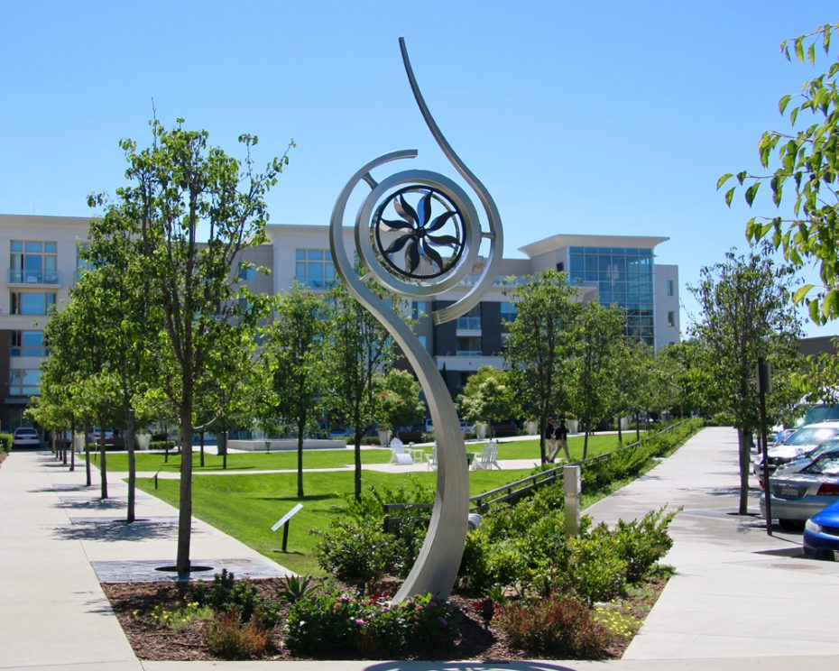 Kinetic art by Amos Robinson Trinity stainless steel contemporary art